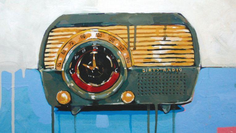 De cover van Dirty Radio van Sallie Ford. Beeld