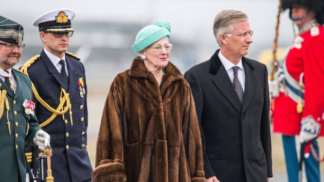 Ophef rond bontjas Deense koningin Margrethe bij paasdienst