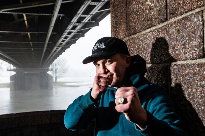 Rapper Snelle (Lars Bos) uit Deventer.