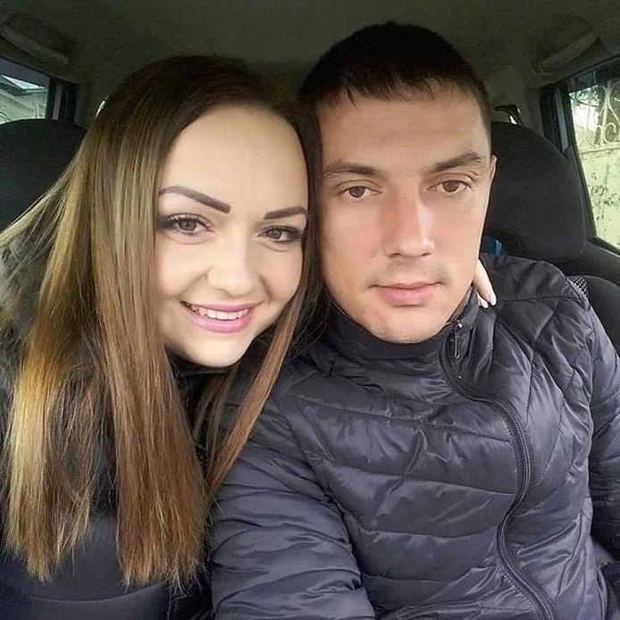 Slachtoffer Ion Gavriita (31) en zijn echtgenote. Het koppel heeft twee jonge kinderen.