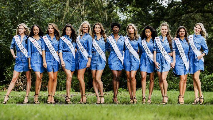 De twaalf finalisten van de Miss Nederland verkiezing 2015