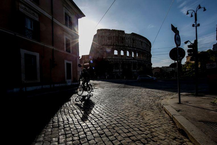 Italianen krijgen per 4 mei meer bewegingsvrijheid binnen hun eigen regio. Beeld EPA
