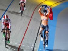 Zwolse Kirsten Wild pakt goud op de scratch tijdens WK baanwielrennen in Apeldoorn