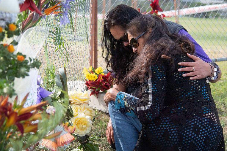 Mensen rouwen om de slachtoffers in Whakatane. Archiefbeeld. Beeld AFP