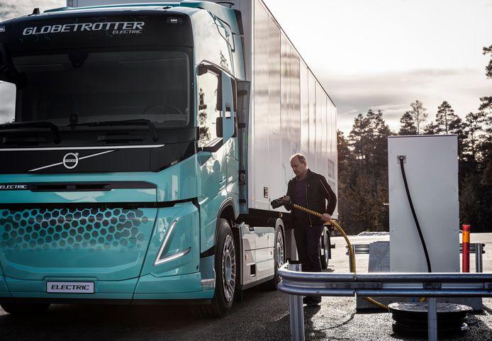 Snel kunnen opladen is een vereiste om de elektrische truck praktisch inzetbaar te maken.