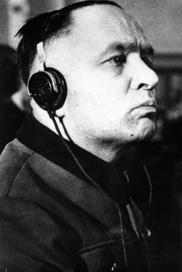 Höss in 1947 tijdens het proces tegen hem wegens misdaden tegen de mensheid in Warschau, Polen.
