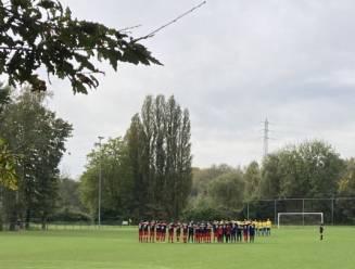 Spelers WS Sombeke brengen eerbetoon aan overleden ploegmaat