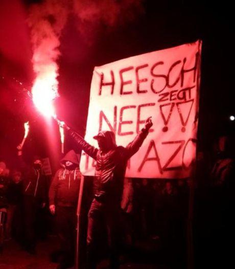 Protest tegen azc eindigt met ingreep door politie en ME