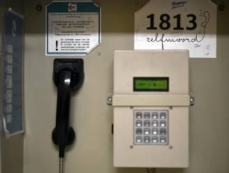 Gevangenen betalen vijf keer te veel om te telefoneren