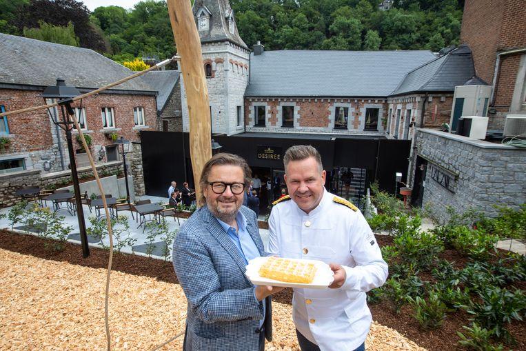 Marc Coucke en Roger Vandamme in Durbuy. Beeld Mine Dalemans