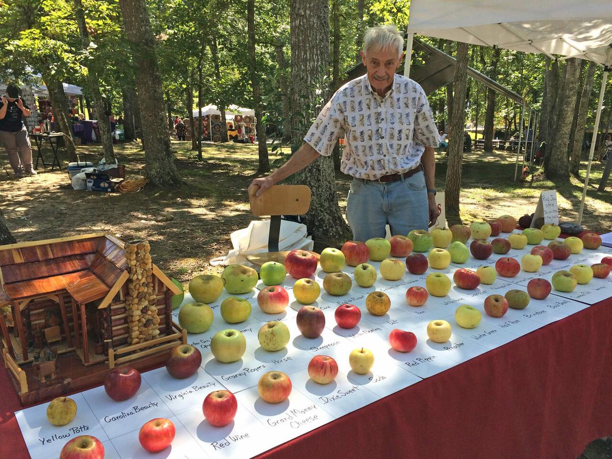Tom Brown, le sauveur des pommes ancestrales.