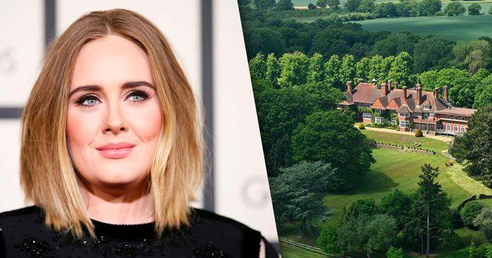 Adele verkoopt haar landgoed met een miljoenenverlies.