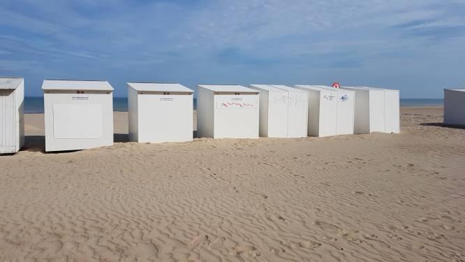 Dieven breken binnen in strandcabines en brengen beschadigingen aan
