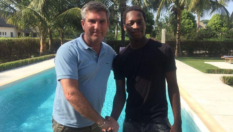 Diedhiou met manager Patrick De Coster, de man die ook de belangen van Kevin De Bruyne behartigt.