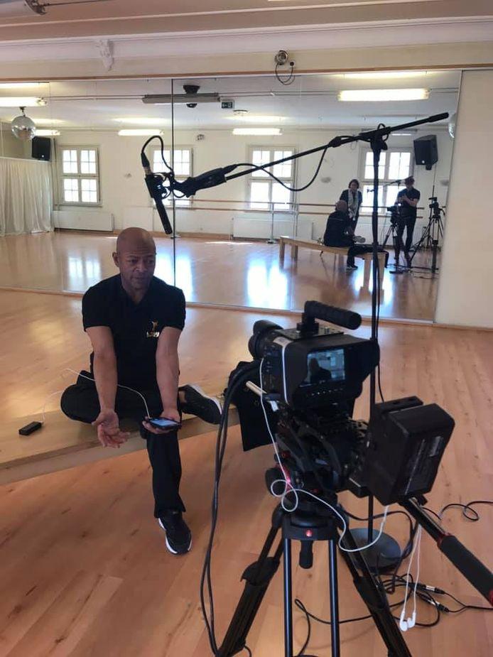 LaVelle Smith Jr. tijdens de making-of van 'The Man Behind The Dance', over het leven van 'The King of Pop'.