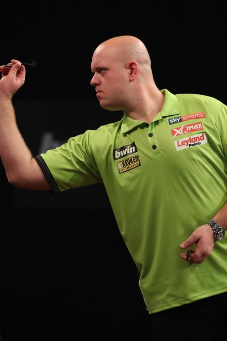 Van Gerwen met speels gemak naar kwartfinale, 'Barney' sneuvelt