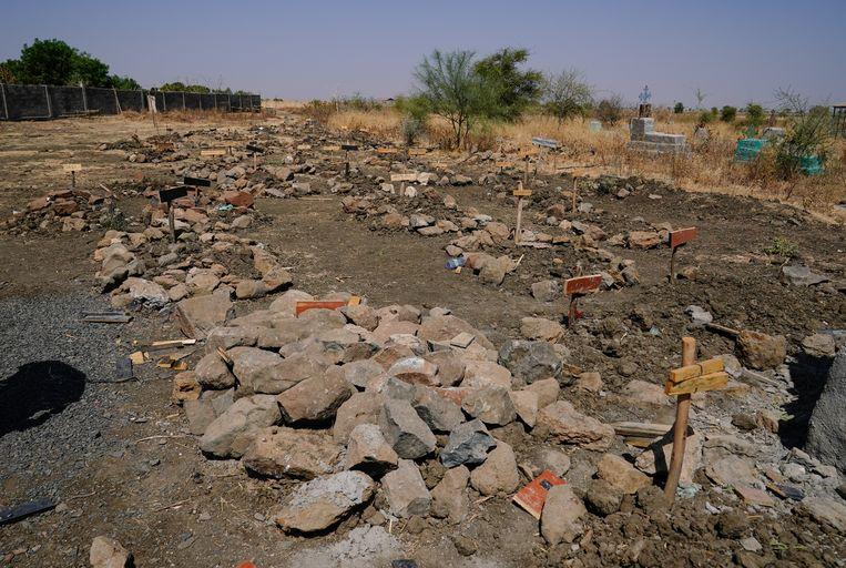 Een massagraf in de Ethiopische regio Tigray. Beeld Getty Images