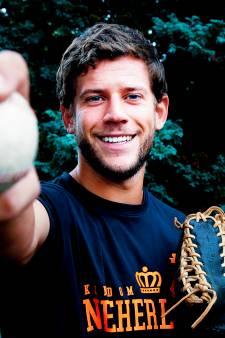 Julian speelde in zes weken twee EK's én een WK: 'Elke dag honkballen verveelt nooit'