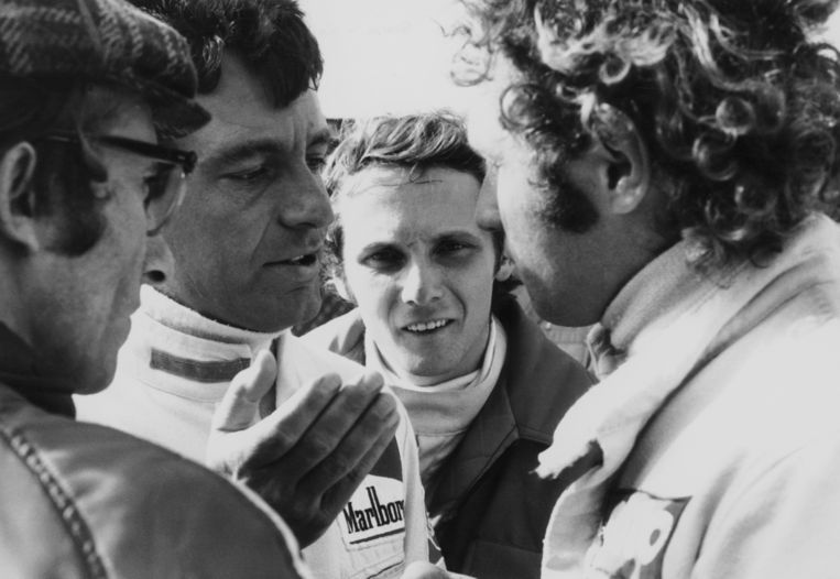 Niki Lauda (midden) in Zandvoort, begin jaren zeventig.  Beeld Getty