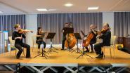 """Antwerp Symphony Orchestra Mobiel op bezoek in De Mick: """"Blij dat we onze patiënten dit eens kunnen geven"""""""