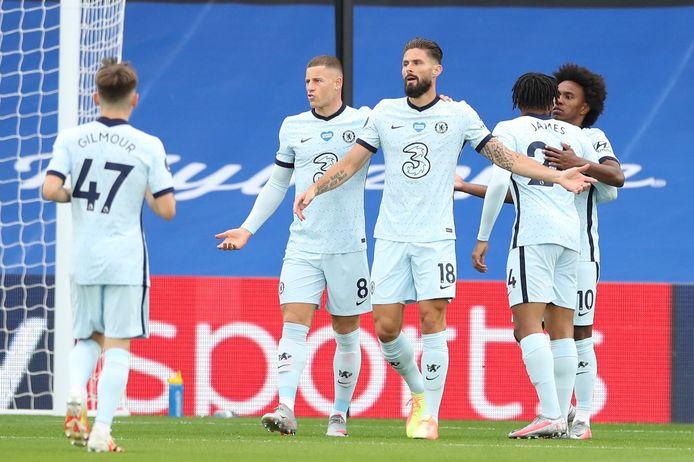 Olivier Giroud viert zijn goal.