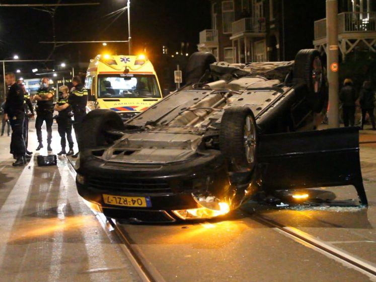 Automobiliste richt ravage aan bij ongeluk in Scheveningen