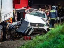 Trucker Marinus (58) wil helpen na crash en wordt doodgereden: 'We zijn er kapot van'