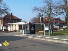 Meisje met poep besmeurd bij Nijmeegse bushalte