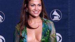 """Jennifer Lopez over de beruchte Versace-jurk: """"Mijn styliste wilde niet dat ik die aantrok"""""""