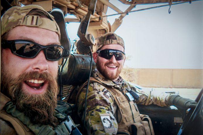 Henry Hoving (l) en Kevin Roggeveld (r) kwamen om het leven bij een mortierongeluk in Mali in juli 2016.