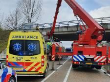 Chauffeur Hans uit Bemmel vangt vrouw op met dak van zijn vrachtwagen: 'Hij heeft de dood in de ogen gekeken'