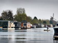 VVD: 'Los woningtekort op door Westlanders op het water te laten wonen'