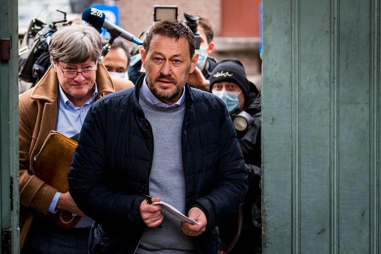 Televisiemaker en Bekende Vlaming Bart De Pauw bij het gerechtshof in Mechelen.   Beeld BELGA