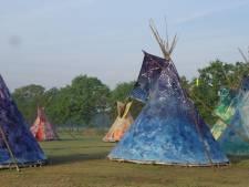 Initiatiefneemster van 'racistische' Tipi-tenten blijft open staan voor gesprek