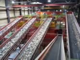 Plastic achteraf uit Arnhems restafval halen, is niet duurder
