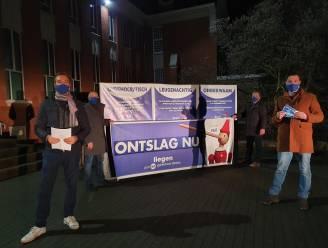 """Vlaams Belang eist in zwembaddossier ontslag van schepen Olivier Rul (Open Vld) en beeldt hem af als Pinokkio: """"Ook ondemocratisch en onbekwaam"""""""