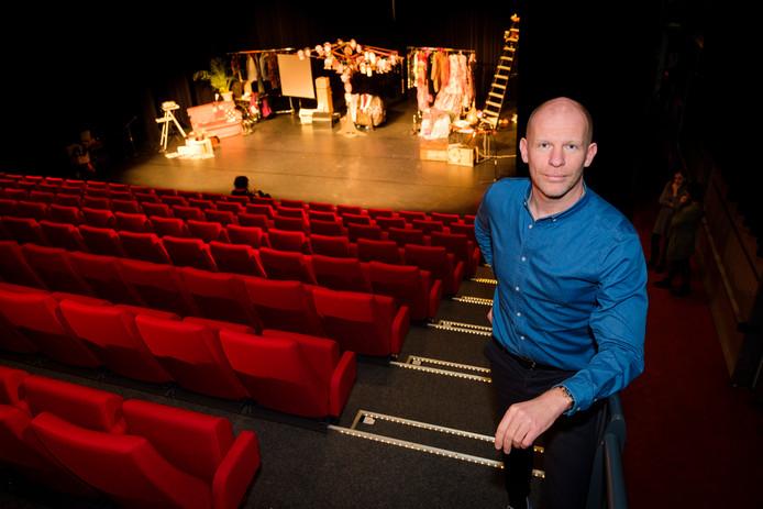 Wim Staessens, directeur van Theater Koningshof, is trots op het nieuwe programma dat zaterdag wordt gepresenteerd.
