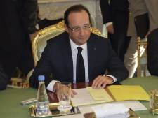 "Hollande salue un ""accord majeur"" et ""global"""
