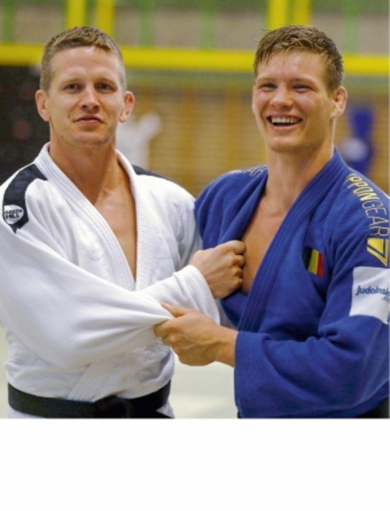 'Ik kijk op naar Dirk Van Tichelt (links). Er is de laatste decennia in België niet één judoka geweest met een carrière en een prijzenkast als de zijne. Beter doen wordt niet makkelijk.' Beeld