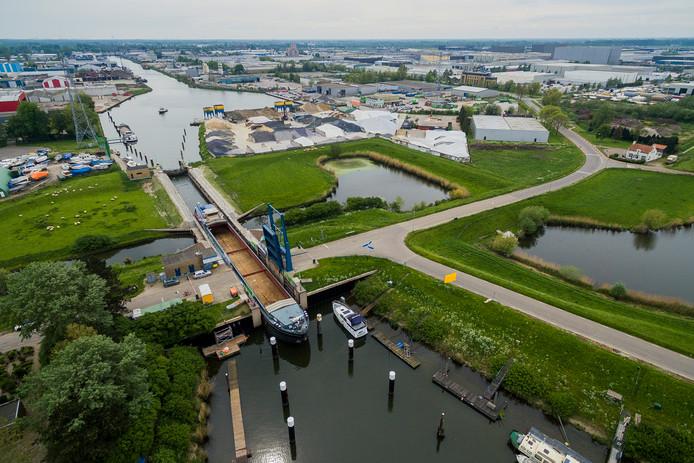 Waalwijk moet een nieuwe containerhaven krijgen.