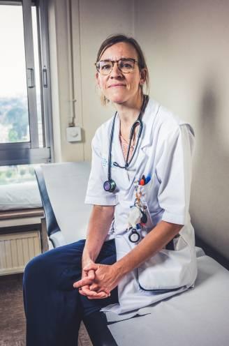 """Topdokter Tessa Kerre doorbreekt taboes over 'de keizer aller ziektes': """"Ik hoor het nog: 'Je gaat ons mama toch niet zeggen dat ze kanker heeft?'"""""""