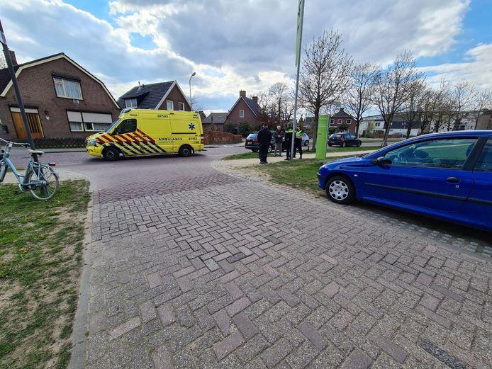 Een meisje is gewond geraakt bij een aanrijding op de Lokhorststraat in Didam.