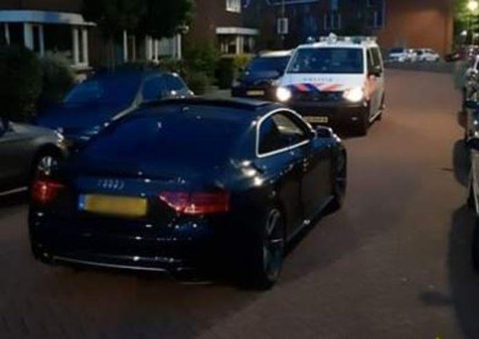 De Audi stond ineens op straat.