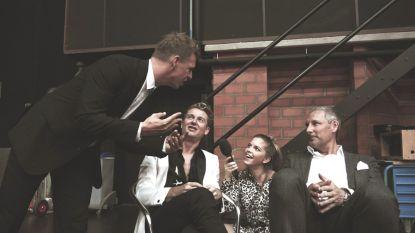 Bab Buelens gaat backstage bij 'Dancing With The Stars' en ontdekt dat James Cooke een beetje jaloers is