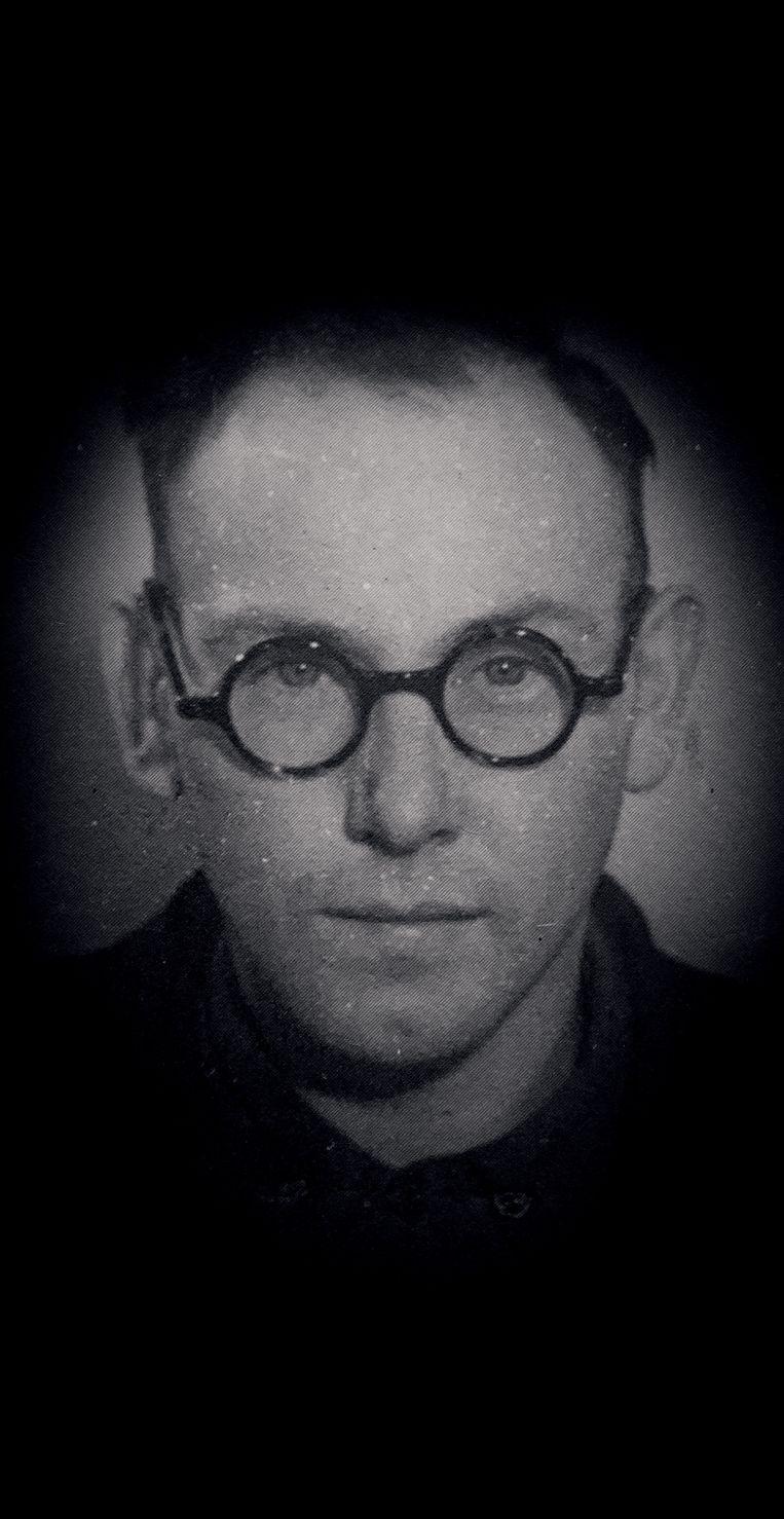 Teun van Es, die begon als verzetsstrijder en eindigde als kampbeul. Beeld
