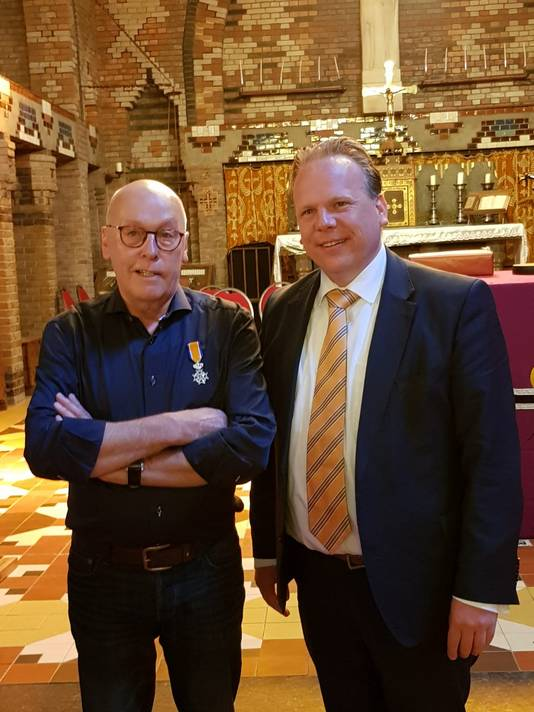 Aad Kouwenhoven (69, Noordhoek) - Lid in de Orde van Oranje-Nassau