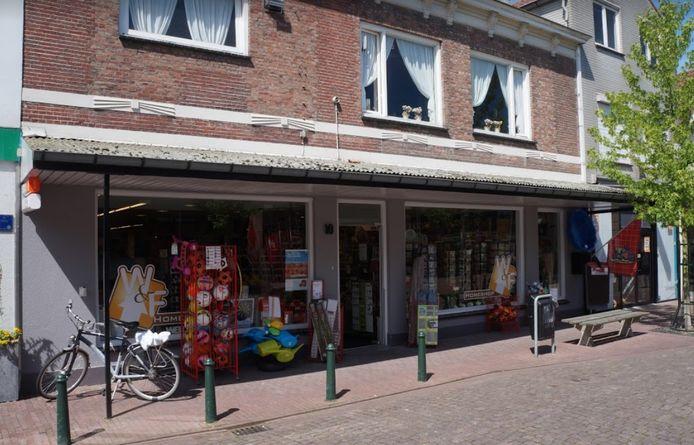 De winkel aan de Zuidstraat in Sas van Gent