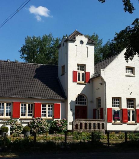 Mogelijk meerdere bedrijven in vroegere gemeentehuis Laren
