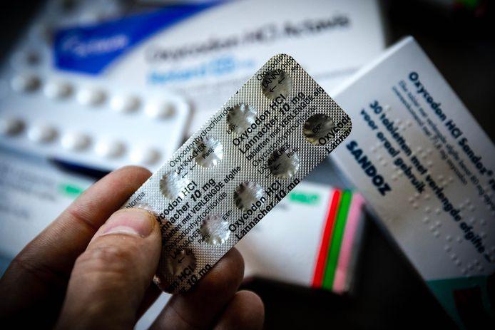 Verpakkingen van het pijnstillend opiaat Oxycodon. Artsen waarschuwen voor het groeiend aantal verslaafden aan deze zware pijnstiller.
