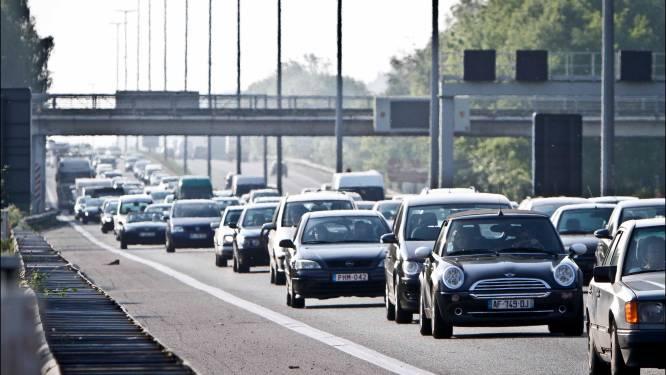 Hinder op E40 in Loppem dit weekend door werken aan spoorwegbrug